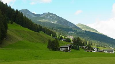 2014年スイス旅行(15)~Davos滞在最後は足慣らし(?)、Landwasser川沿い歩き