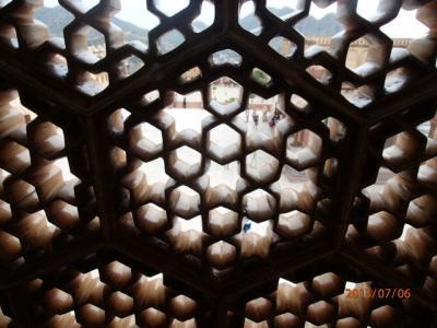 インド世界遺産の旅(19)アンベール城内の至宝。