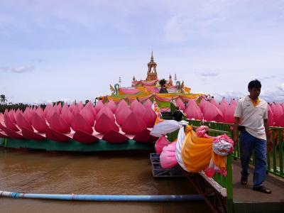 2014/9 (3) チャチェンサオでピンクの象さんにお願いごと
