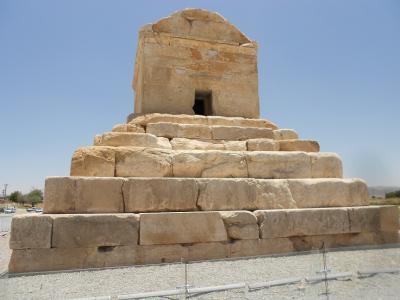 ペルセポリス・キュロス2世の墓