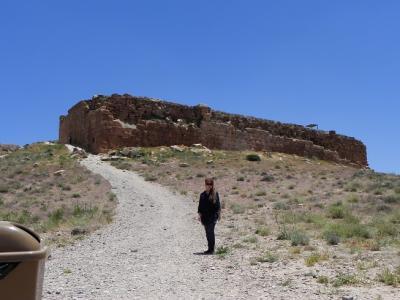 キュロス2世の墓の側にあるパサールガード