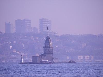 イスタンブール トランジット ~ ボスポラス海峡を渡る連絡船から見る「乙女の塔」 ~