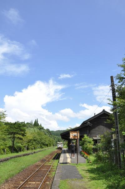 夏の嘉例川駅