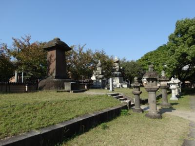 博多の寺社を巡り黒田家の墓へ