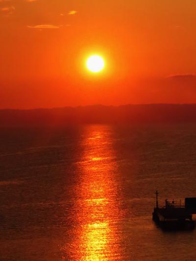 浅虫温泉b 日の入り! 陸奥湾の夕陽*満月 ☆海扇閣のベランダで