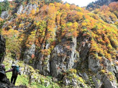 黒部峡谷 下ノ廊下から阿曽原温泉へ命がけの登山道を歩く(1日目)