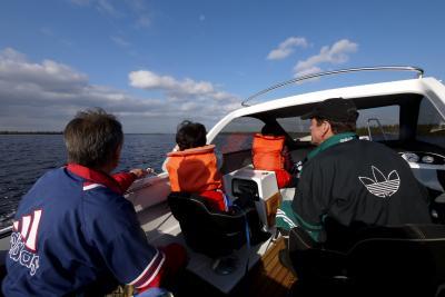 2014.9フィンランド・デンマーク旅行8-秋のシモ湖をモーターボートでクルーズ