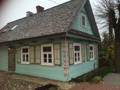 黄金の秋を楽しみにポーランド北東部へ ③ビャウォヴィエジャの村 宿と散策