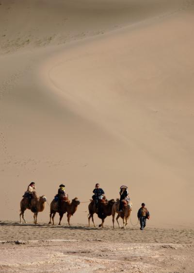 2013年中国新疆放浪記051・敦煌散策…その05・月牙泉でお月見~鳴沙駱駝隊【前編】