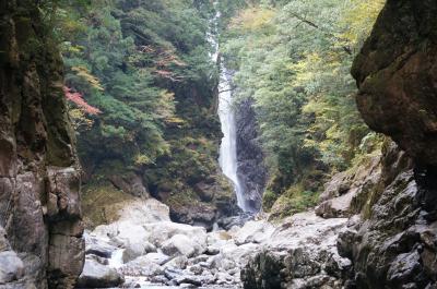 大杉谷 紅葉・滝見物のシシ淵までのピストン登山
