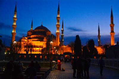 イスタンブール街歩き②ブルーモスクの夕景、グランドバザール(スペイン・イスタンブール旅行記22)