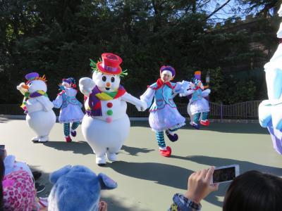 東京ディズニーランドで、早々ときらきらクリスマス♪