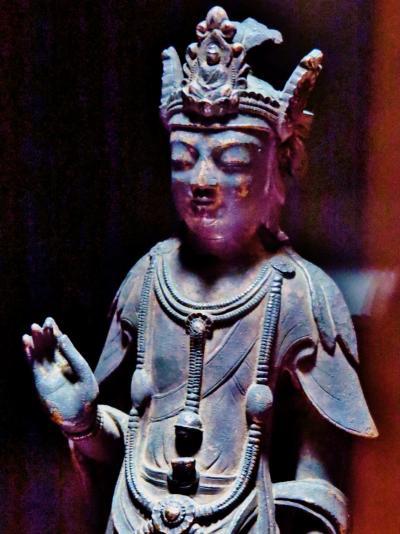 トーハク-2 法隆寺宝物館 金銅仏まぢかに拝観 ☆古代偲ぶ静寂の空間