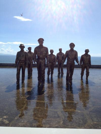 台風ヨランダ被害地の1周年記念追悼式に参加、タクロバン市、レイテ島