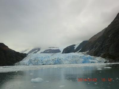 JALのチャーター便でアラスカへ一っ飛び(5)プリンスウィリアム湾・氷河クルーズ
