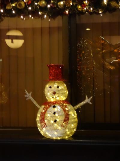 国民が三か月前から待ち続けたクリスマスが今年もやって来ました in フィリピン 及び バンコクの国王誕生日のお祝いとクリスマス in タイ − 12月  2014年