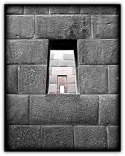 1.インカ帝国の首都クスコ~で頭がツ~ン.....(クスコ/ペルー)