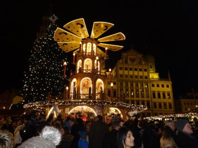 フッガー家の栄枯盛衰を見守った町 アウグスブルグのクリスマスマルクト