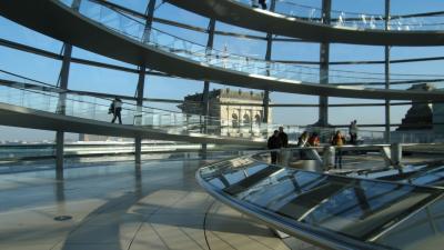 2014年、今年はやっぱりドイツでしょ。ミュンヘンと「壁の崩壊から25年」のベルリンへ。~連邦議事堂のケーファーで朝食を~