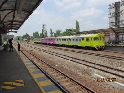 ボロブドールへの3日間(19)ジョグジャカルタ空港周辺で。