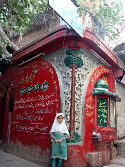 再びPAKISTAN5 良き風情の残る旧市街南 夜行バスにてペシャワールへ Lahore