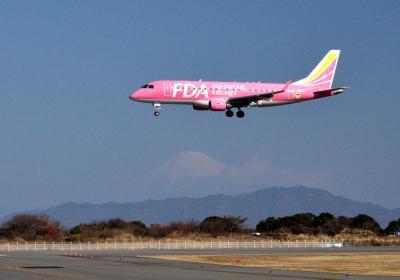 年末年始帰省旅行(2) 世界一長い木造歩道橋「蓬莱橋」と富士山静岡空港見学