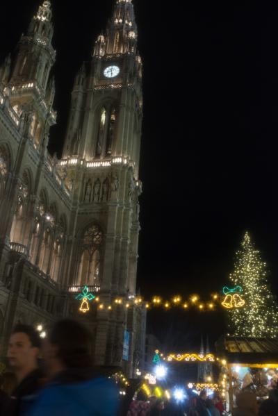 5ヶ国クリスマスマーケット巡り vol.6 ~華やかな電飾のマーケット~ オーストリア ウィーン編