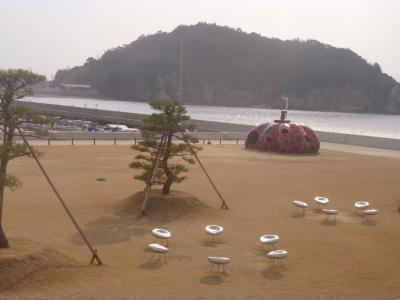 うどん県の島々と食を楽しむ冬の女子旅☆2014‐15③岡山・宇野港から直島へ