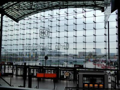 ウィーンからベルリンへ国際列車の旅、ベルリン中央駅