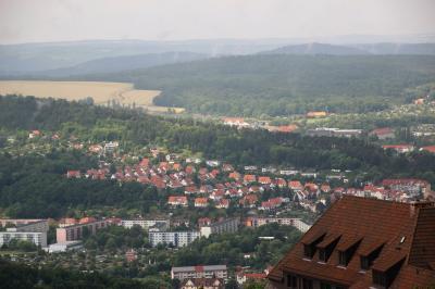 2014年ドイツ旅行~12年ぶりの再訪~【第8日目:アイゼナハ観光】(3)ヴァルトブルク城(後編)各自で回る博物館の展示のつづき~ルターが新約聖書をドイツ語訳した小部屋まで&美しい城の中庭と塔から眺め