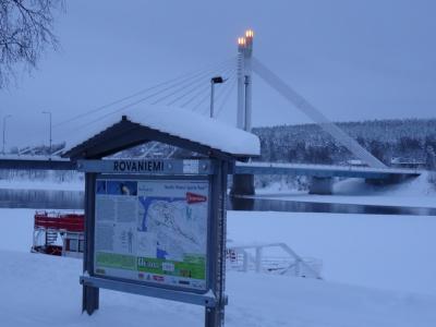 オーロラ、見えるかな…。(フィンランド 3日目その1 サンタ村前後に見たホテル近隣の様子)