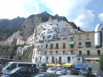夏のシチリア&ナポリ さらっと遺跡めぐり。(7日目、鉄道とバスで行くアマルフィ)