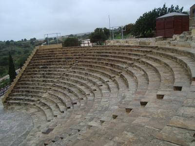 キプロス、リマソールとコロッシ城、クリオンの遺跡歩き