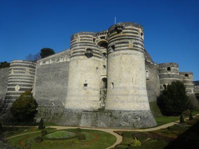 行きやすいロワールの古城を求めて~アンジェとアントワープ~