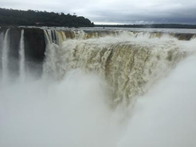 ANAのファーストで行く中南米の旅~!!パナマ運河・ウユニ塩湖・ラパス・イグアスの滝(イグアスの滝アルゼンチン側 編)