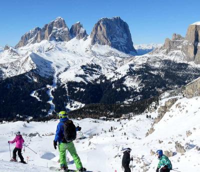 団塊夫婦のスキー&絶景の旅・2015ドロミテー(3)絶景のセラロンダ時計回りコースを完走
