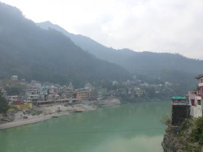 南から北までインド3週間の旅4(北インド)ヨガの聖地リシケシでヨガ体験