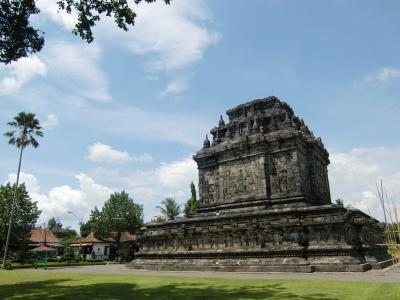 インドネシア、ジャワ島を巡る旅その8-美しすぎる仏様