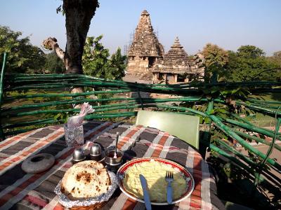 インド1周の旅 (3) カジュラホ