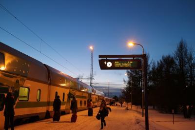 Northern light に魅せられてフィンランド女子2人旅 サンタクロースエキスプレス乗車!