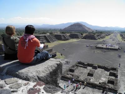 2011年 メキシコシティ滞在(5 days) =Day 2= ~ピラミッドへ上り、2つの世界遺産を巡る!~