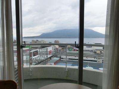 鹿児島サンロイヤルホテル(朝の景色、朝食)