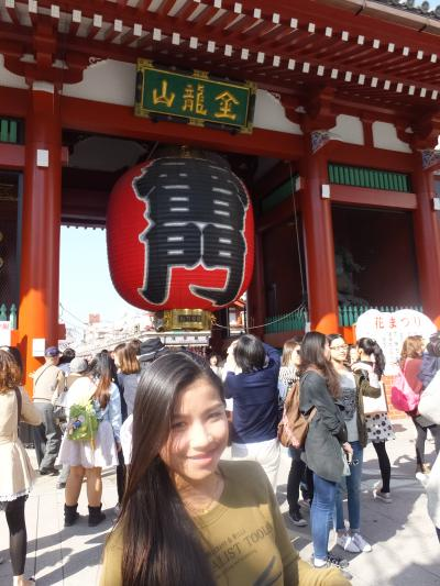 NACKさん、初・日本見聞遊食の旅 11 浅草寺で煙に巻かれ、人混みに酔う。