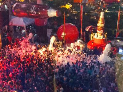 タイ正月水掛祭り~ソンクラーン2015:サイアム・セントラルワールドプラザ編