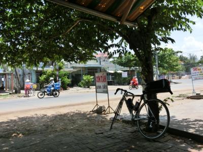 ベトナム縦断自転車旅その2-南部の海沿いを東へ