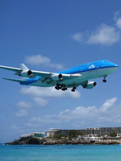アメリカ東海岸とカリブ海まで行って来ました!!  >翼の聖地セント・マーチン島マホ・ベイ・ビーチにて撮飛三昧 (オランダ領)