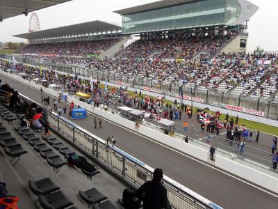 鈴鹿2&4 レース ホスピタリティラウンジからの観戦