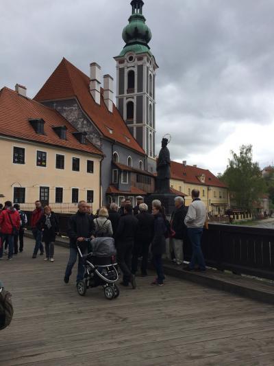 初めて中央ヨーロッパ 10(世界遺産の街歩きとチェスキークルムロフ城)