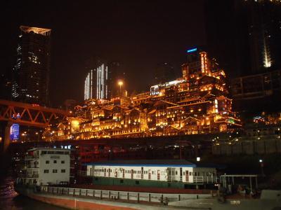 重慶市内を流れる揚子江
