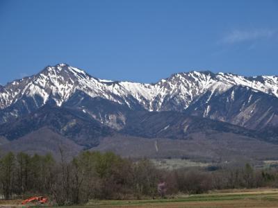 残雪の八ヶ岳を観ながら小海線を南下ツーリング。